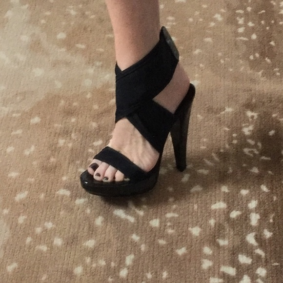 Burberry Shoes   Sexy Black Ankle Wrap
